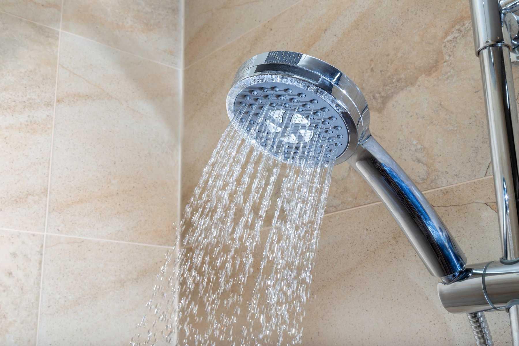 Consejos para limpiar la base de la ducha